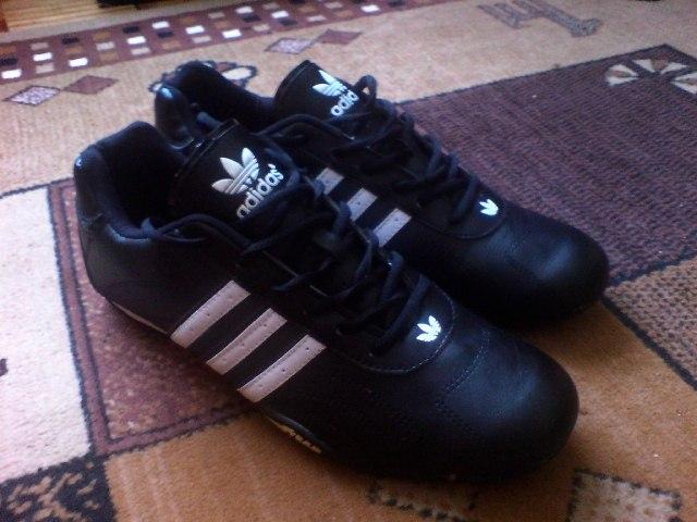 8de659165 Witam mam do sprzedania nowe buty Adidas adi racer. Rozmiar 46 dl wkladki  29.5cm, wykonane ze skory ekologicznej. Cena jaka mnie interesuje to 129zl  + ...